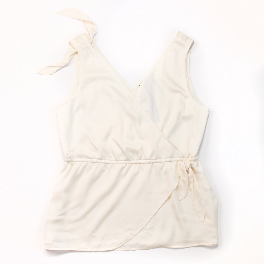Banana Republic - White Sleeveless Top - L