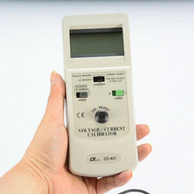 LUTRON CC-421 Voltage and Current calibrator