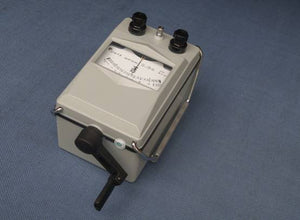 Rental:  Sterling SMR-1000 1KV Hand-Cranked Analogue Insulation Tester