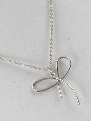 Matte Bow Charm Chain Necklace And Earring Set - Silver