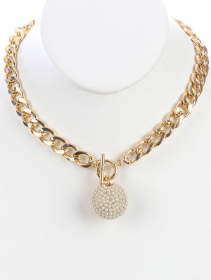 Mini Pearls Hollow Metal Pendant Necklace