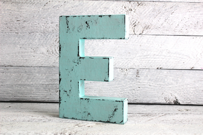 "Patina ""wooden"" letter E"