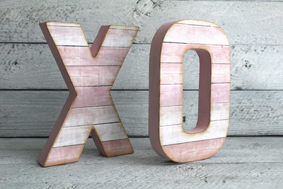 Pink XO letters for tweens room decor.