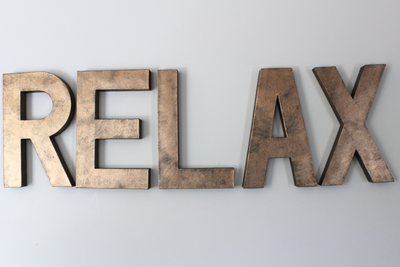 """Metal"" RELAX bronze colored letters"
