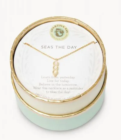 Seas the Day Gold Necklace