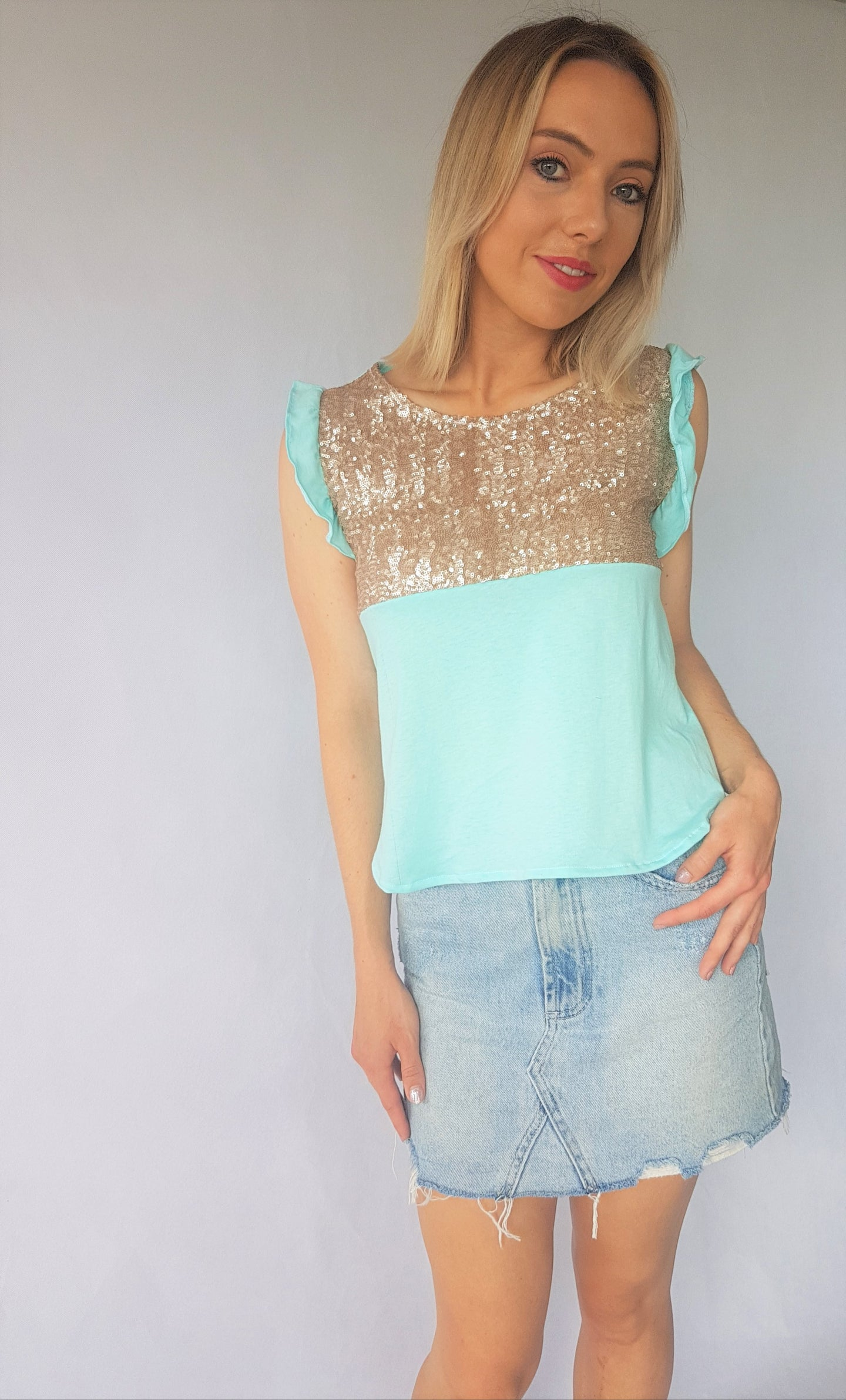 SHIMMER SHOULDER RUFFLE TOP