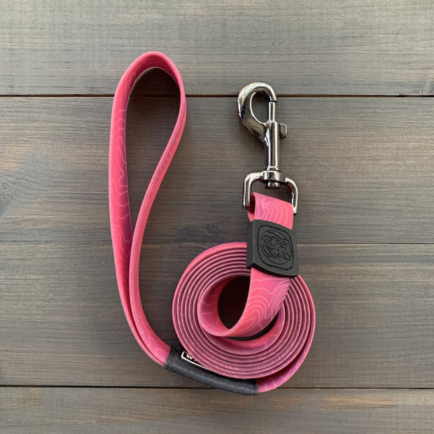 Plum Waterproof Leash | Wilderdog