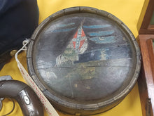 CONFEDERATE WOOD DRUM CANTEEN WITH PAINTED CS NATIONAL FLAG SCENE