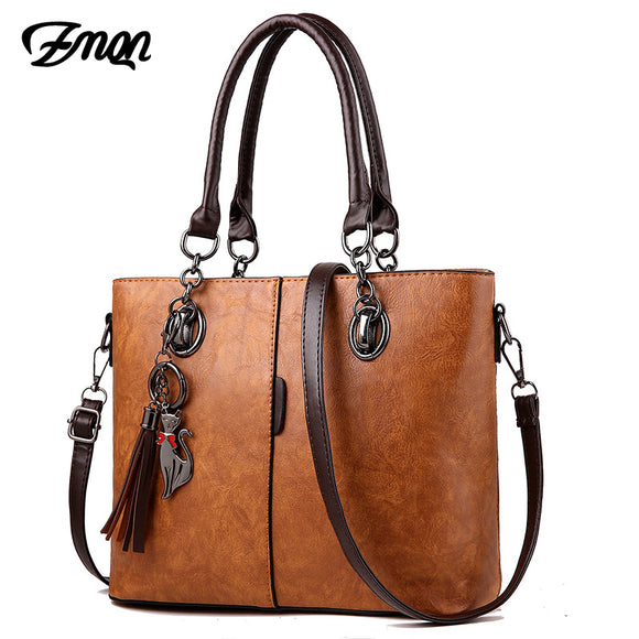 Women Solid Shoulder Leather Handbag