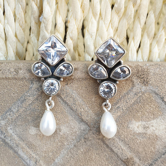 925 Silver Zircon Studs With Pearl Hanging