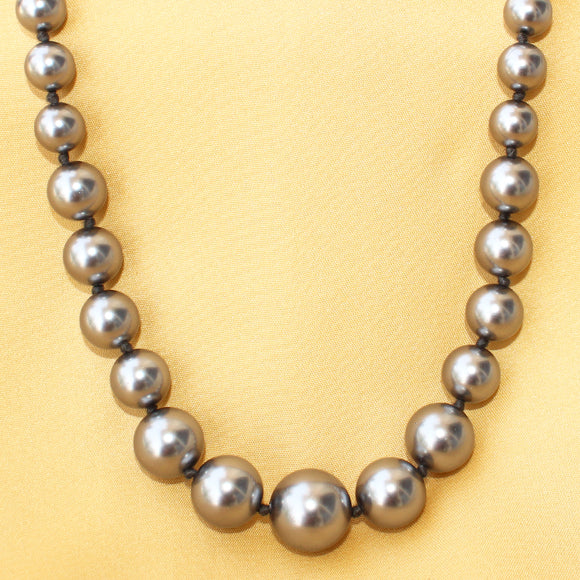 Imeora Exclusive Knotted graduation Metallic Silver Shell Pearl Necklace