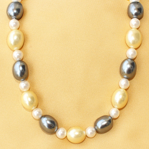 Black Lemon White Pearl Necklace