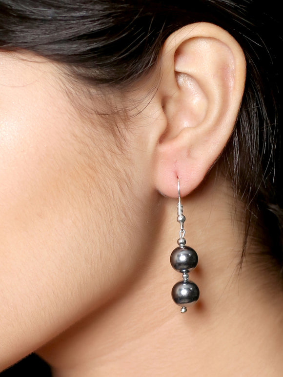 Imeora Metallic Black Shell Pearl Earrings