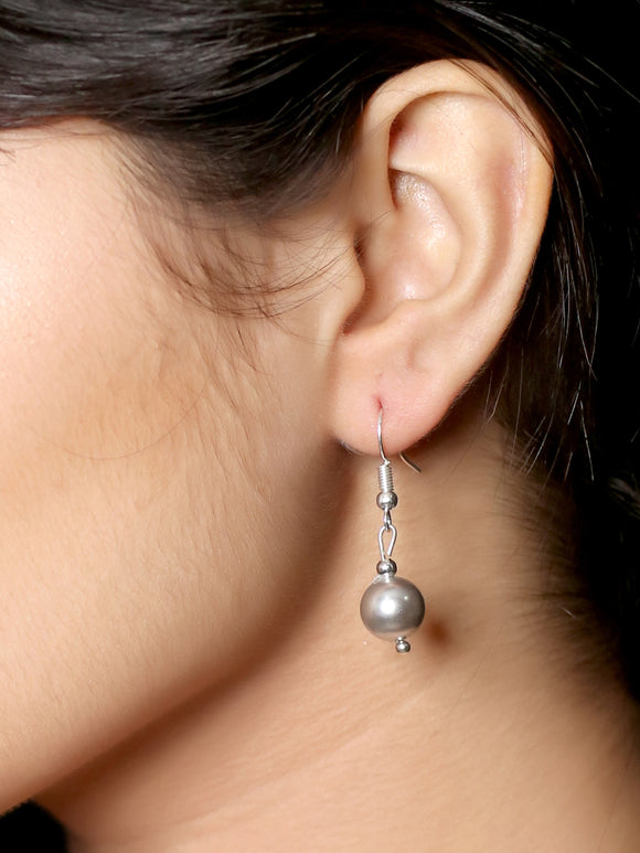 Imeora 10mm Metallic Silver Shell Pearl Earrings