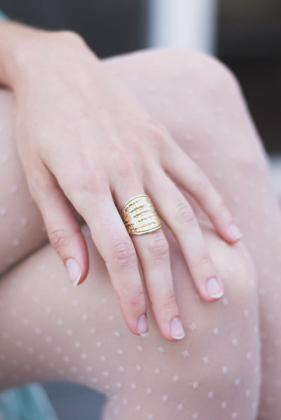 Cocoon Band Ring