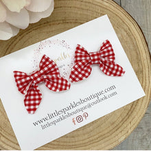 Red Gingham Piggies