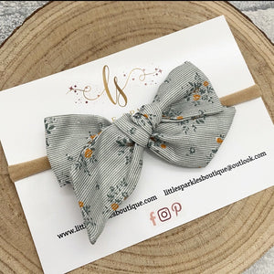Pale Green Floral Tie Bow