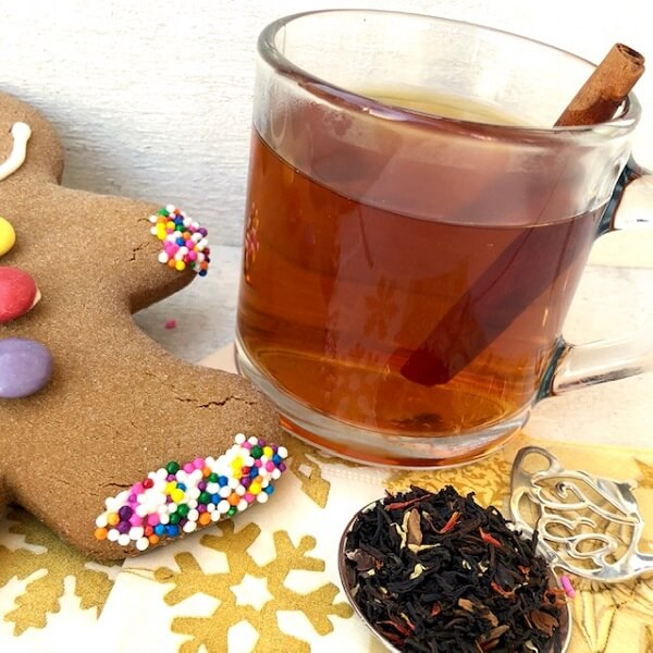 BLACK TEA | Gingerbread House