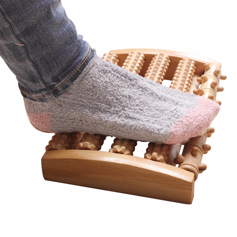 Trendy Wooden Pain-Relief Roller