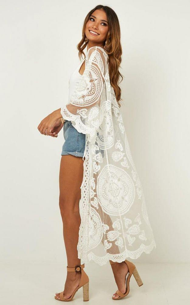 Load image into Gallery viewer, Bohemian Lace Kimono - The Vintage Bohemian