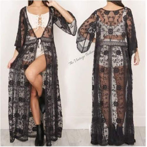 Load image into Gallery viewer, Clea Lace Kimono | Black - The Vintage Bohemian
