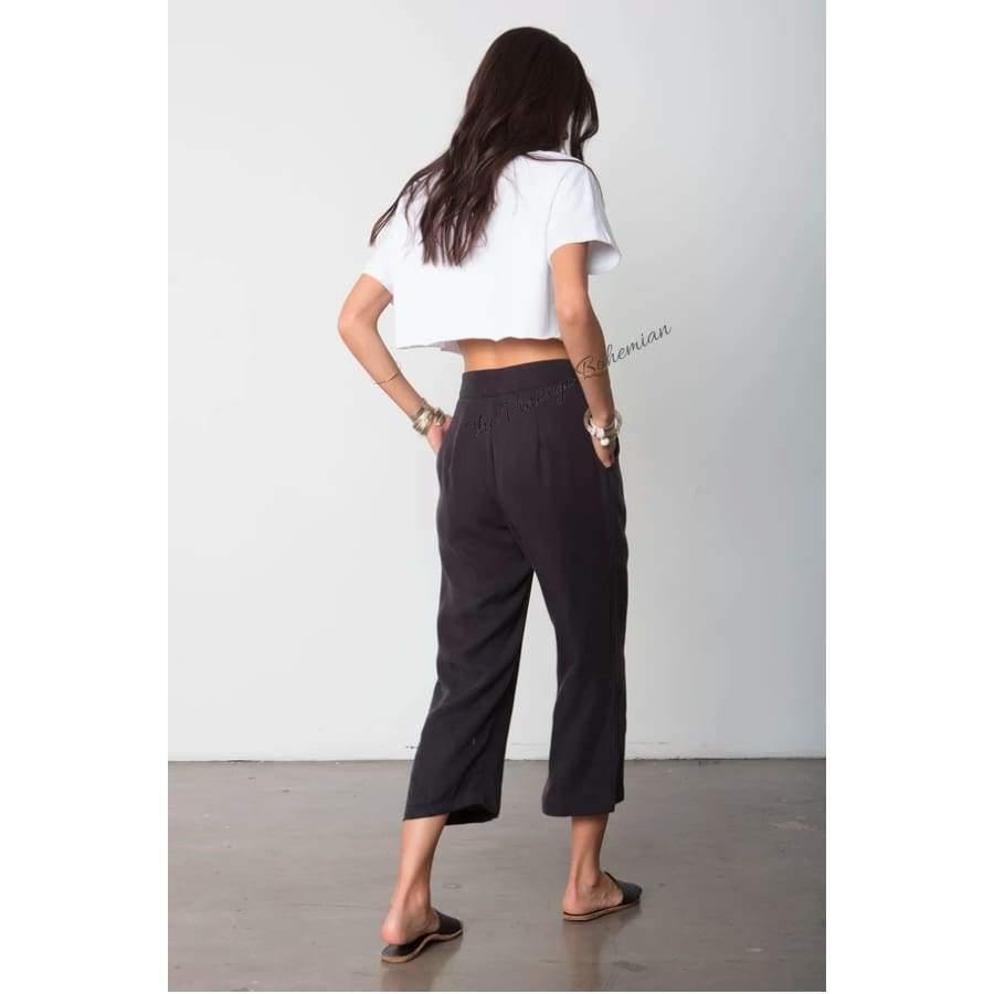Stillwater LA | The Box Tie Pant | Black | The Vintage Bohemian