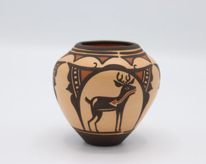 Handmade Traditional Pottery by Carlos Laate