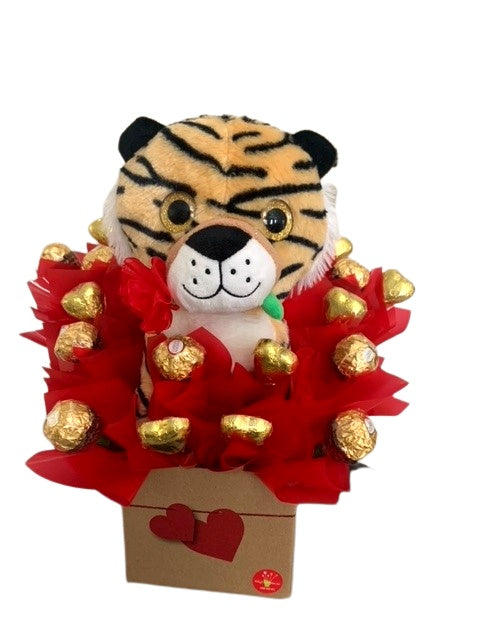 BOUQUET-Roarylicious-plush-tiger-ferrero-chocolate-heart-gift