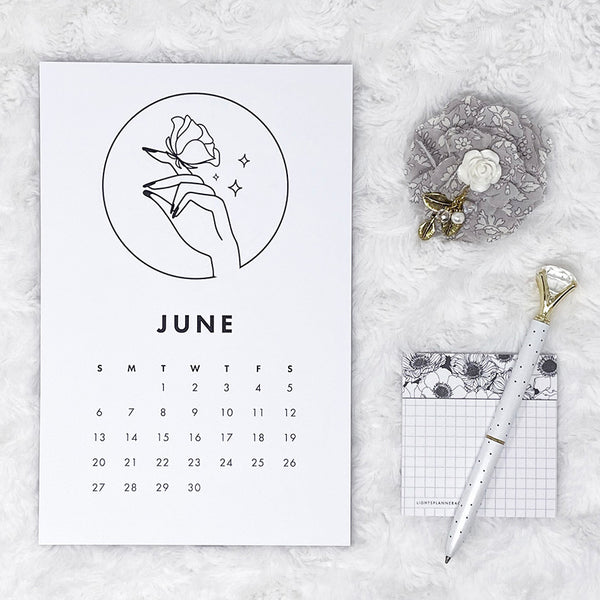 2021 Calendar | In Your Hands | Vertical Notepad | Printed