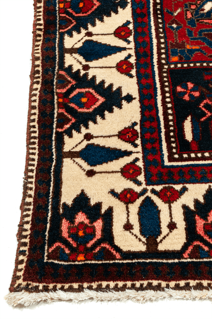 Persian Bakhtiari Hand-Made Wool Rug - Tabak Rugs