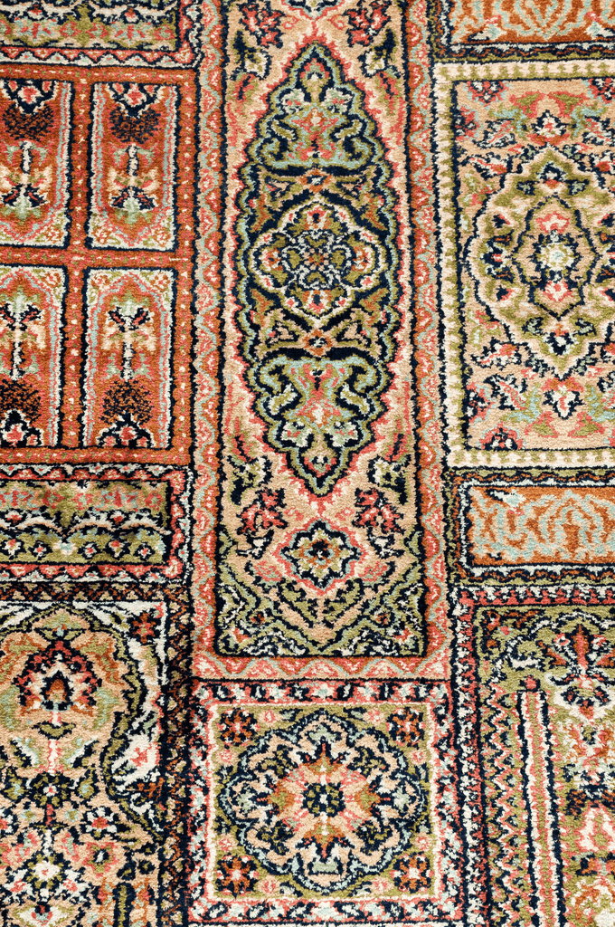 Indian Hand-Made Silk Rug - Tabak Rugs