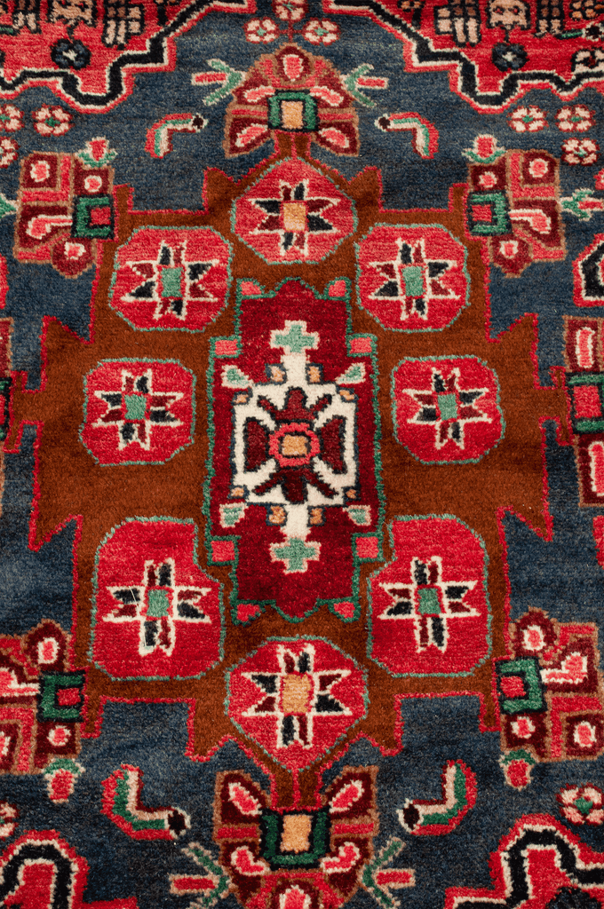 Persian Mashad Hand-Made Wool Rug - Tabak Rugs