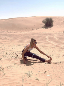 Annabelle Hickey in BYO Active sportswear in the Dubai desert