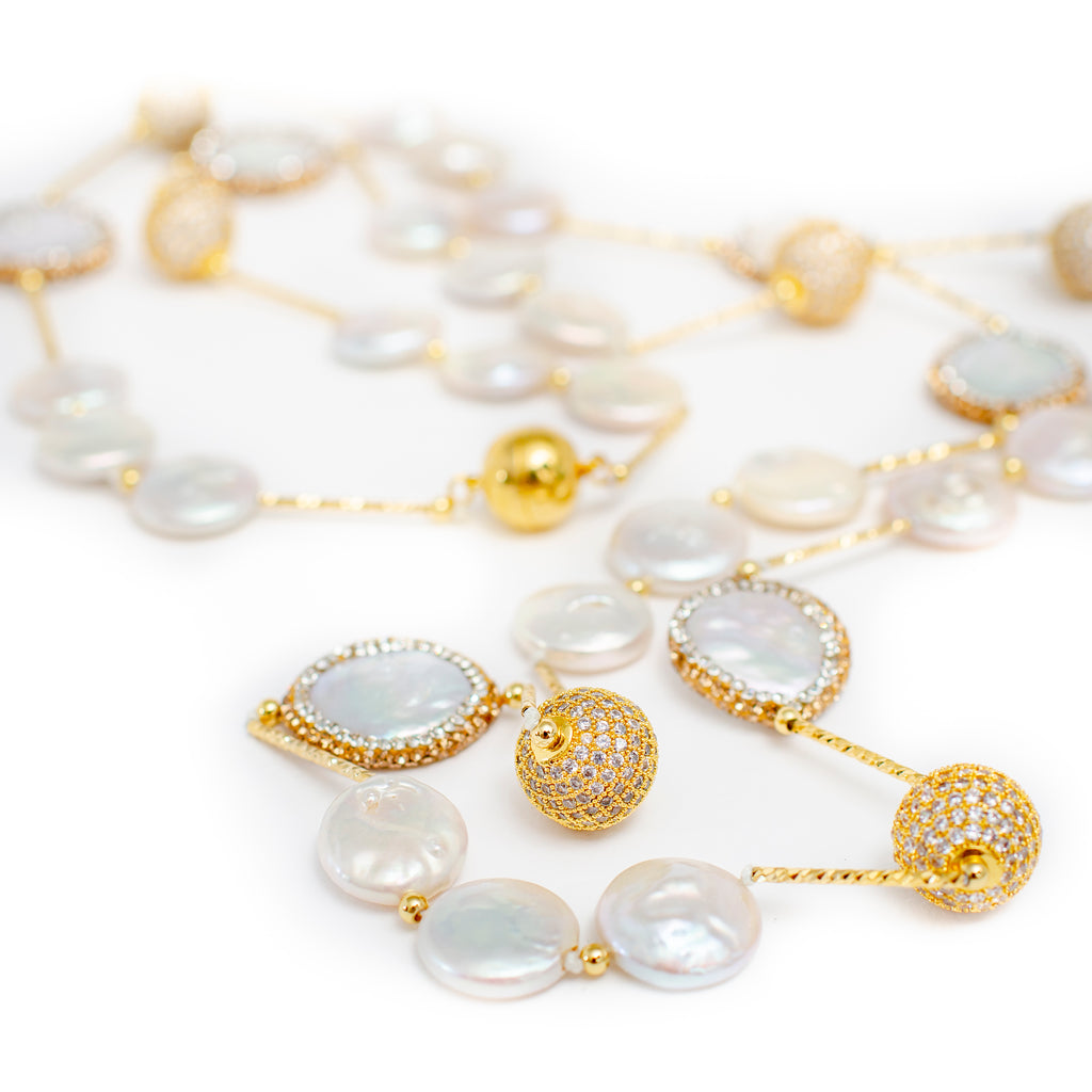 COIN PEARL NECKLACE WITH GOLD WIRE