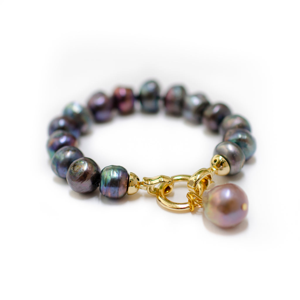 CLASSIC BLACK PEARL WITH PINK BAROQUE DROP