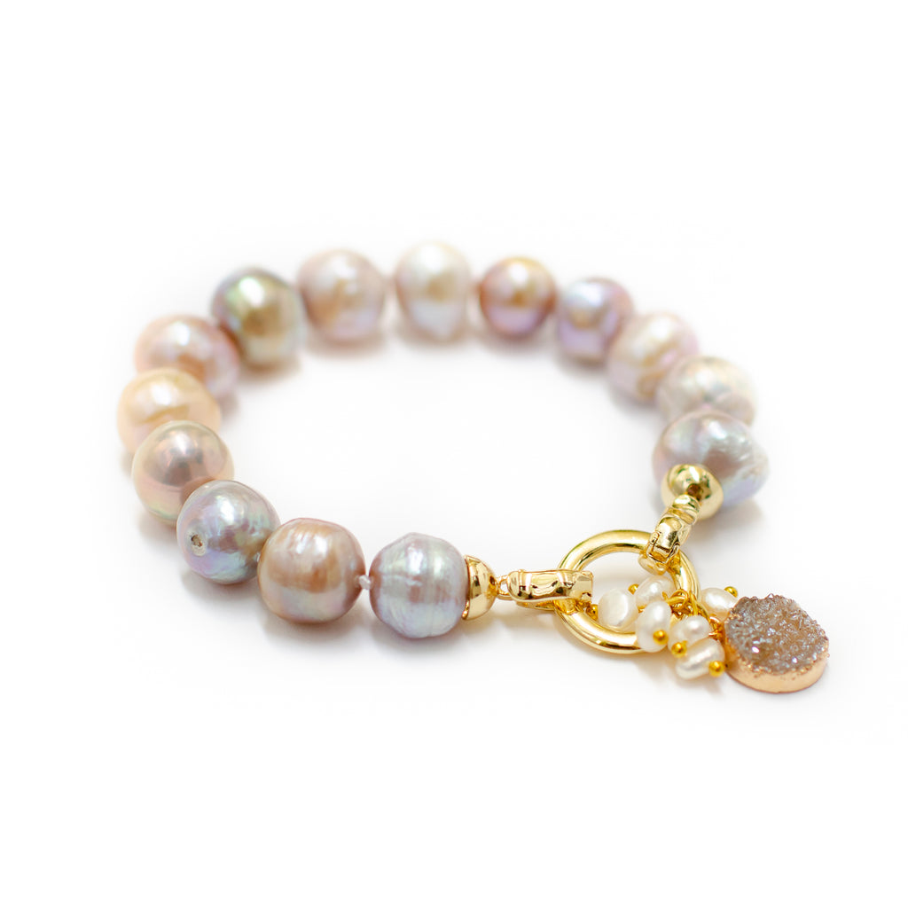 CLASSIC PINK PEARL BRACELET WITH DRUZY DROP