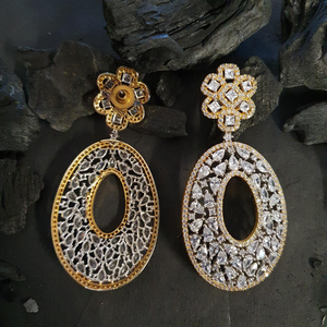 CZ Stone Studded Fashion Earrings with Gold Plating (BAER0599)