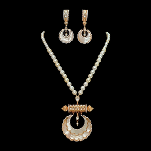 Gold Plated Necklace Set with Moti and Mother of Pearls (BANS00170)