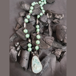 Modern Style necklace Set with Green Beads (BANS00279)