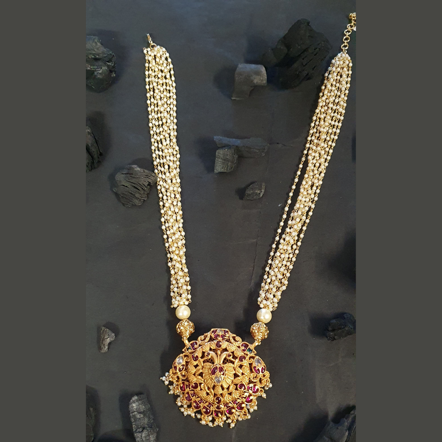 Gold Plated Necklace Set with Pearls and Ruby Stones (BANS00255)