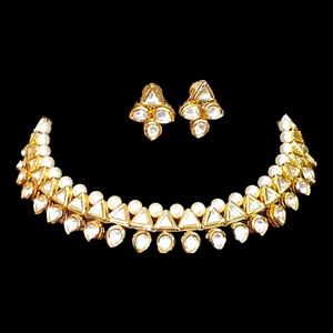 Gold Plated Necklace Set with Precious Pearls and Vilandi Stone (BANS00113)