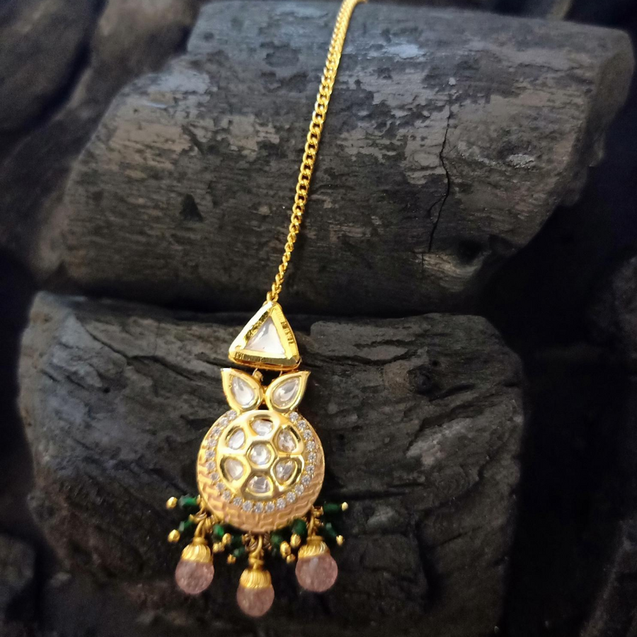 Vilandi Stones Studded Maang Tikka with Gold Plating (BAMT055)
