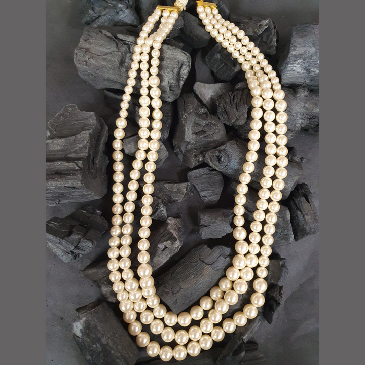 Three Layered Mala with Stunning Pearls (BANS00295)