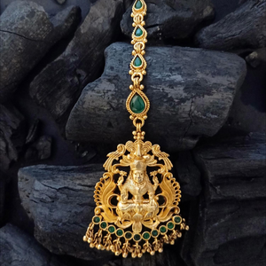 Green Maang Tikka with Beautiful Emerald Stone and Gold Plating (BAMT043)