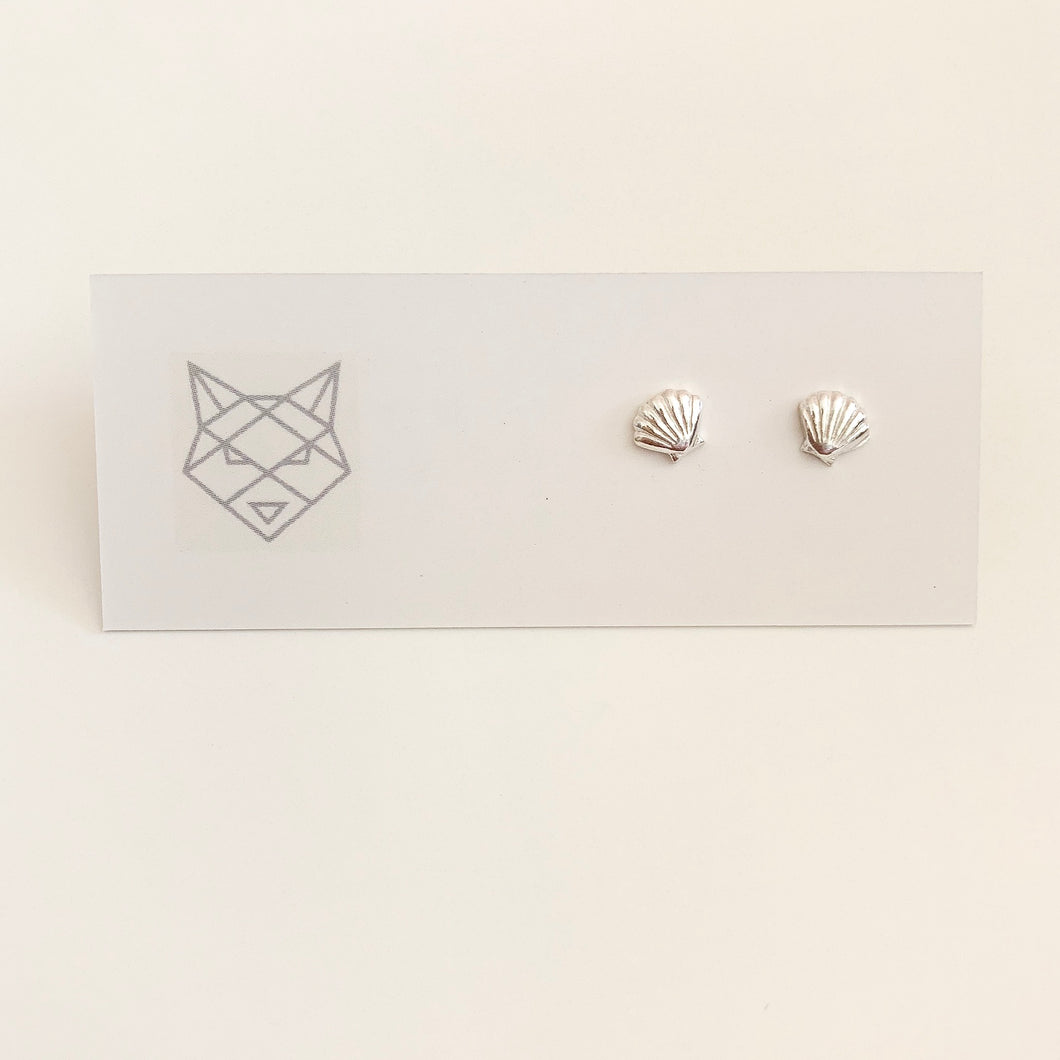 Bombay Silver Shell Studs