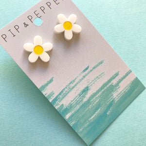 Daisy Studs (yellow)