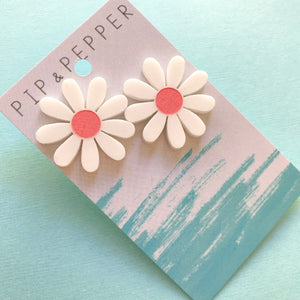 Daisy Statement Studs (Coral)