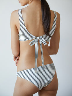FLO TOP STRIPED