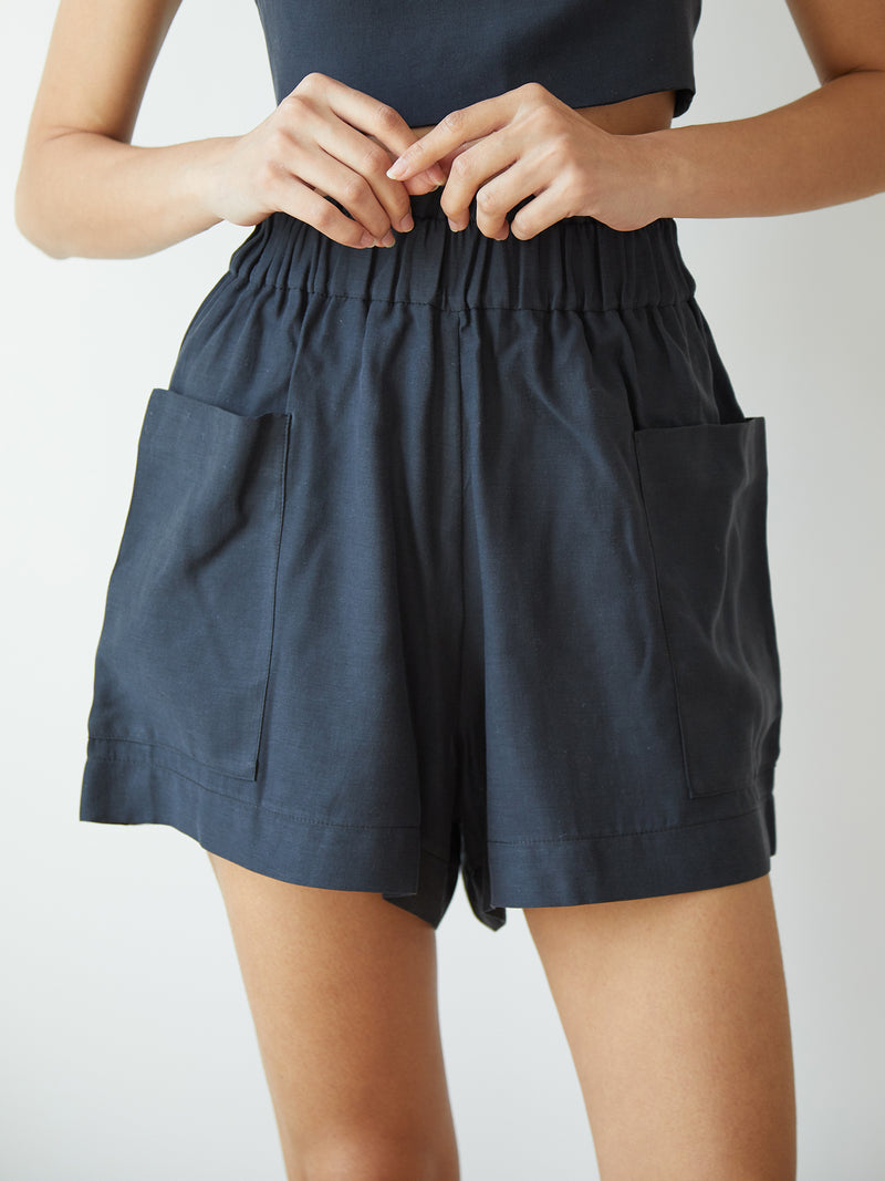 EMILIA SHORTS MIDNIGHT NAVY