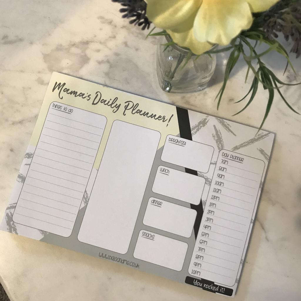 MAMA'S DAILY PLANNER